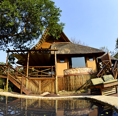 Chalet with private plunge pool - 5-star Lukimbi Lodge, Kruger Park