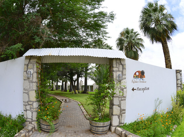 Kalahari Farmhouse entrance