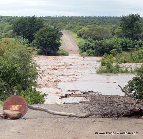 Olifants low-level bridge closed