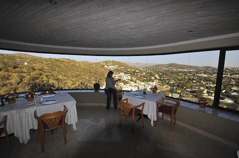 hotel thule restaurant view
