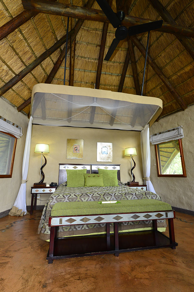 Lukimbi bedroom