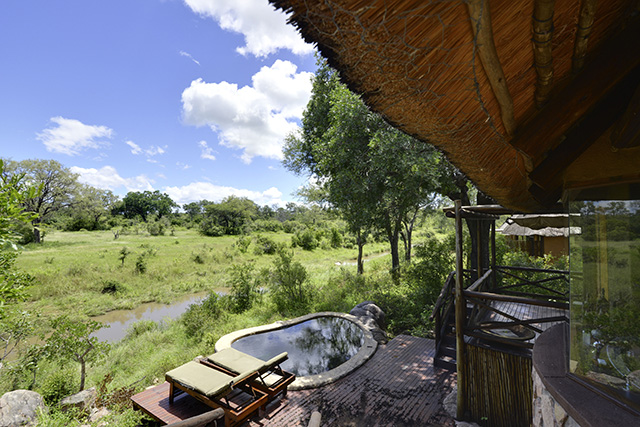Lukimbi private plunge pool