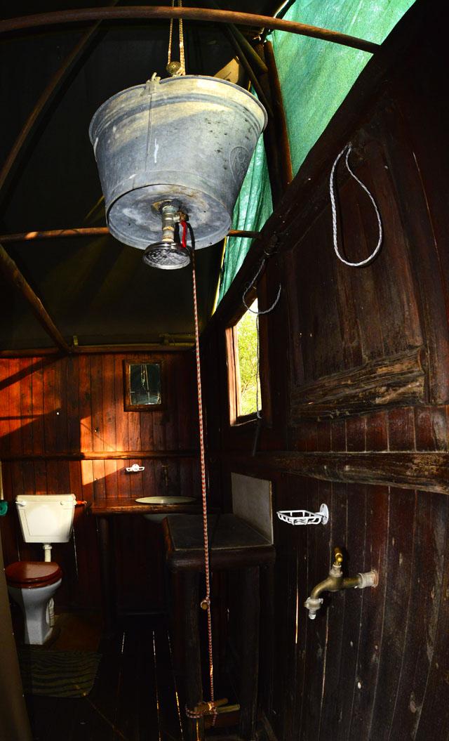 Safari Bucket Shower