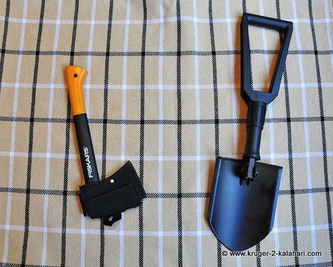 Folding spade and axe