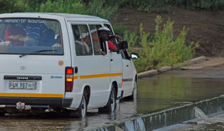 Taxi driver yelling at kruger park visitor