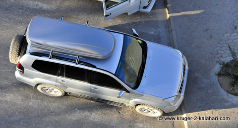 Thule roofbox seen from Okaukuejo tower in Etosha