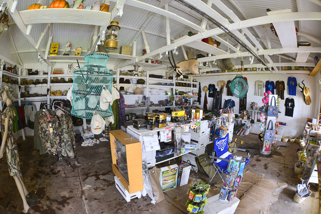 Kalahari Farmhouse curio shop - very well stocked!!