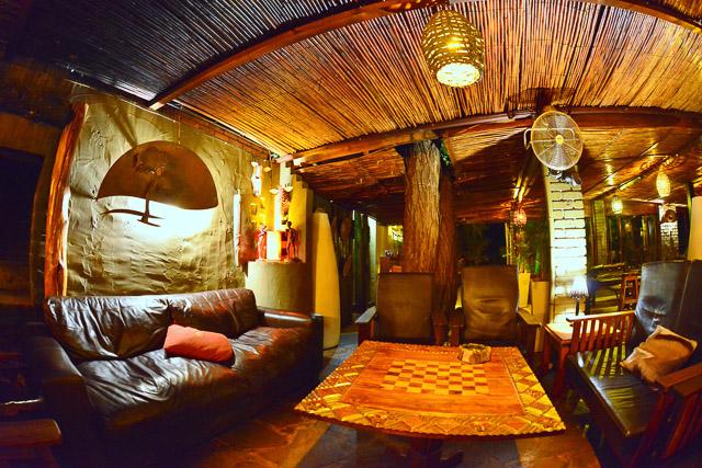 Kalahari Anib Lodge lounge