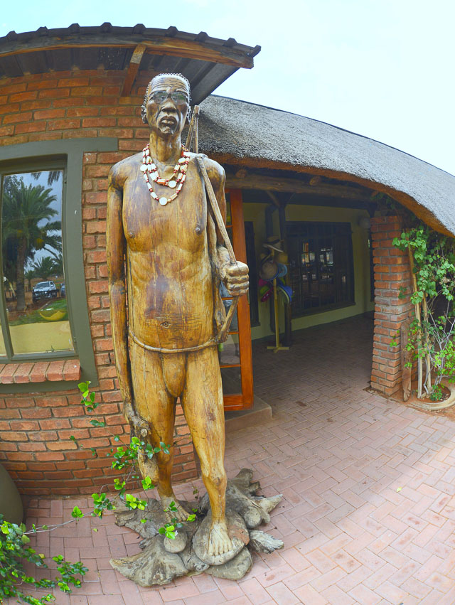 Kalahari Anib Lodge wooden statue