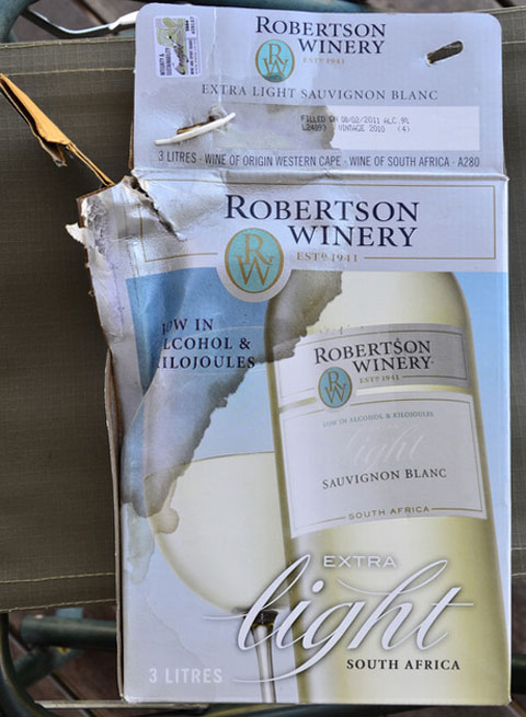 Robertsons winery leaking wine box