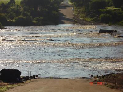 The raging Crocodile River