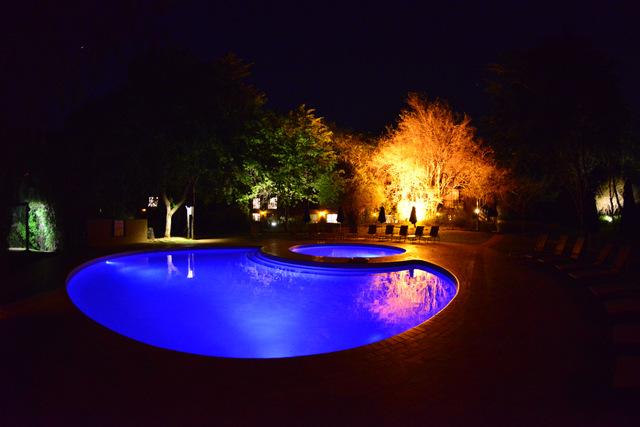 Protea's swimming pool at night